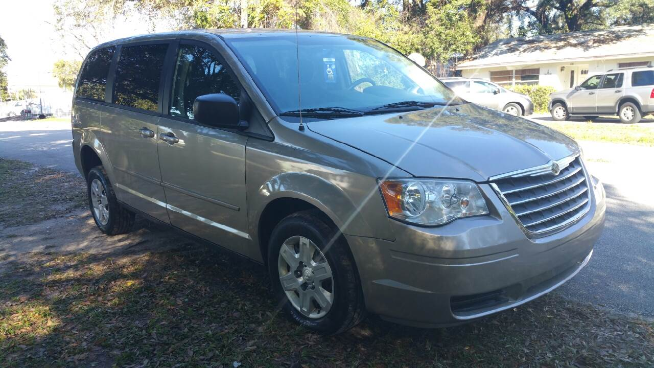 2009 dodge grand caravan se wheelchair van sales 1 800. Black Bedroom Furniture Sets. Home Design Ideas